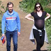 """Anne Hathaway enceinte : son """"douloureux"""" parcours contre l'infertilité"""