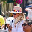 Exclusif - Laeticia Hallyday - Laeticia Hallyday et ses filles Jade et Joy à Disneyland Paris avec la nounou Sylviane, le 26 juin 2019. Elles sont venues passer 2 jours avec Jean Reno, sa femme Zofia Borucka et leurs enfants Cielo et Dean.