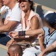 Linda Hardy (Miss France 1992) et son fils Andréa dans les tribunes lors des internationaux de tennis de Roland Garros à Paris, France, le 2 juin 2019. ©