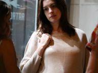 Anne Hathaway enceinte : Ses rondeurs bien visibles pour la première fois