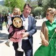 Exclusif - Christian Estrosi, le maire de Nice, et sa femme Laura Tenoudji avec leur fille Bianca - Christian Estrosi, le maire de Nice, et sa femme Laura Tenoudji ont fêté en famille le 1er mai dans les jardins de Cimiez pour la Fête des Mai à Nice, le 1er mai 2019. © Bruno Bebert/Bestimage