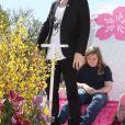 """Aaron Carter donne un concert lors du """"National Cherry Blossom Festival"""" à Washington, le 12 avril 2014."""