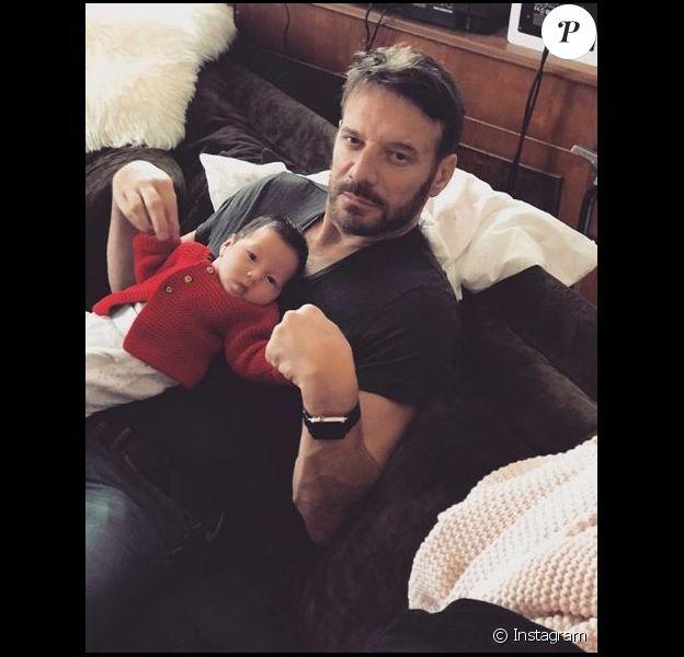 Samuel Le Bihan avec sa fille Emma-Rose née en aoput 2018. Le 25 septembre 2018.