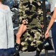Céline Dion dans les rues de Paris, en plein shooting pour CR, le 30 juin 2019.