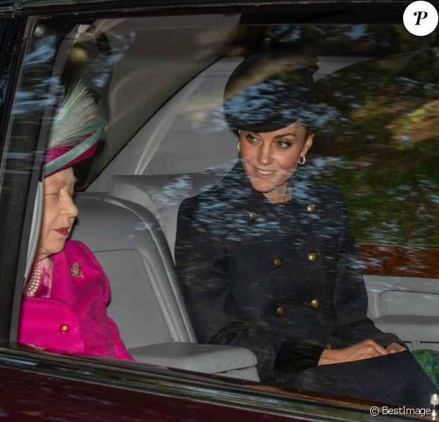 La reine Elisabeth II d'Angleterre, Catherine Kate Middleton, duchesse de Cambridge - Les membres de la famille royale se rendent à la messe à Ballater le 25 août 2019.