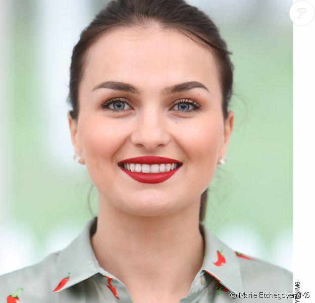 """Djellza, candidate du """"Meilleur Pâtissier"""" saison 8, diffusée en septembre 2019 sur M6."""