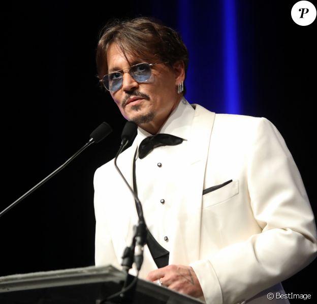 """Johnny Depp - Cérémonie d'hommage à l'acteur J. Depp pour l'ensemble de sa carrière juste avant la projection du film """"Waiting For The Barbarians"""" lors du 45ème festival du Cinéma Américain de Deauville le 8 septembre 2019. © Denis Guignebourg/Bestimage"""