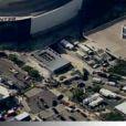 Le convoi mortuaire pénètre dans le Staples Center