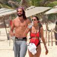 Exclusif - Lais Ribeiro et son compagnon Joakim Noah passent leurs vacances sur une plage Tulum au Mexique le 1er juin 2019.
