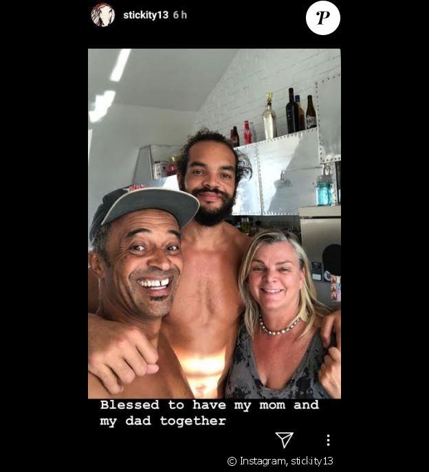 Joakim Noah entouré de ses parents Yannick Noah et Cecilia Rodhe à New York, septembre 2019.