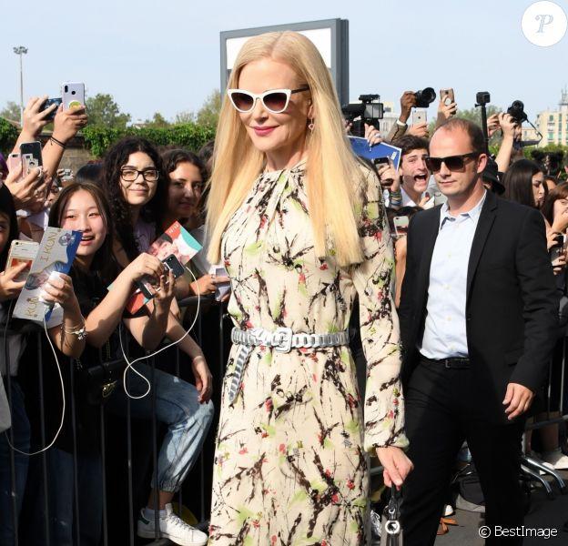 Nicole Kidman arrive au défilé Prada, collection prêt-à-porter printemps-été 2020 lors de la Fashion Week de Milan, le 18 septembre 2019.