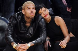 Chris Brown : Il envoie à Rihanna un message coquin, les fans furieux