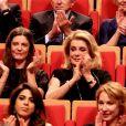 Chiara Mastroianni, Catherine Deneuve - Remise du Prix Lumière 2016 à Catherine Deneuve lors du 8e Festival Lumière à Lyon. Le 14 octobre 2016 © Dominique Jacovides / Bestimage