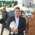 Maître Jacques Verrecchia (représente Jade et Joy), Laeticia Hallyday - Laeticia Hallyday sort du cabinet de ses nouveaux avocats avec son père et ils marchent avenue Montaigne à Paris le 18 septembre 2019.