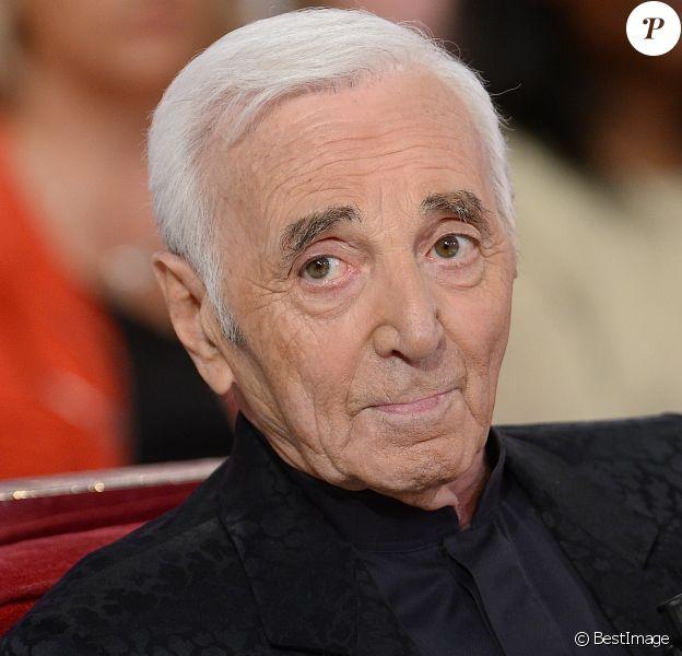 """Charles Aznavour Enregistrement de l'émission """" Vivement Dimanche """" qui sera diffusée le 3 Mai 2015."""