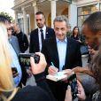"""Exclusif - Nicolas Sarkozy et sa femme Carla Bruni Sarkozy arrivent puis repartent du studio Gabriel ou ils enregistraient l'émission """"Vivement Dimanche"""" à Paris le 30 septembre 2019. Diffusion le 06/10/2019 sur France 2 . © Guillaume Gaffiot/Bestimage"""