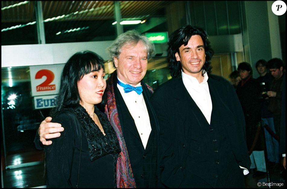 Maurice Jarre, sa femme Fui Fong Khong Jarre et son fils Jean-Michel - Soirée des Victoires de la musique le 14 février 1995.