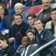 """Francois Baroin avec ses fils Louis et Jules - Tribunes lors du match de qualification pour l'Euro2020 """"France - Turquie (1-1)"""" au Stade de France. Saint-Denis, le 14 octobre 2019. © Cyril Moreau/Bestimage"""