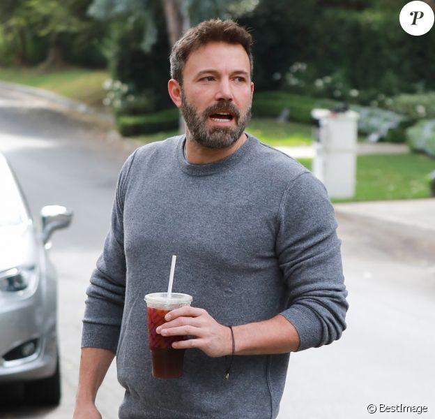 Ben Affleck arrive au domicile de J. Garner à Los Angeles, le 27 octobre 2019.