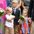 Le prince Jacques, la princesse Gabriella de Monaco et leur cousin Melchior de Massy, en arrière plan, durant le traditionnel Pique-nique des monégasques au parc princesse Antoinette à Monaco le 6 septembre 2019. © Bruno Bebert / PRM / Bestimage