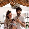 """Jesta et Benoît de """"Koh-Lanta"""" avec bébé Juliann, le 20 juillet 2019."""