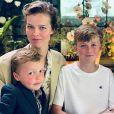 Eva Herzigova et ses fils Edward, George et Philipe. Juin 2019.