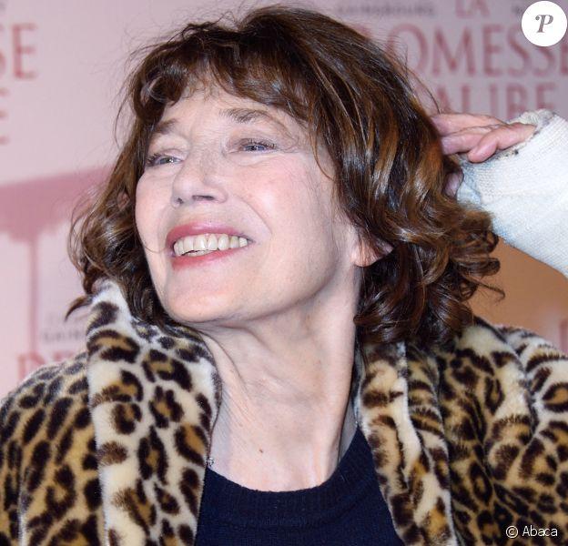 """Jane Birkin à la première du film """"La Promesse de l'Aube"""" au cinéma Gaumont Capucines. Paris. Le 12 décembre 2017. @Aurore Marechal/ABACAPRESS.COM"""