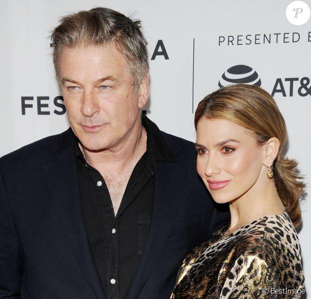 """Alec Baldwin et sa femme Hilaria à la première de """"Framing John DeLorean"""" lors du Festival du Film de Tribeca 2019 à New York, le 30 avril 2019."""