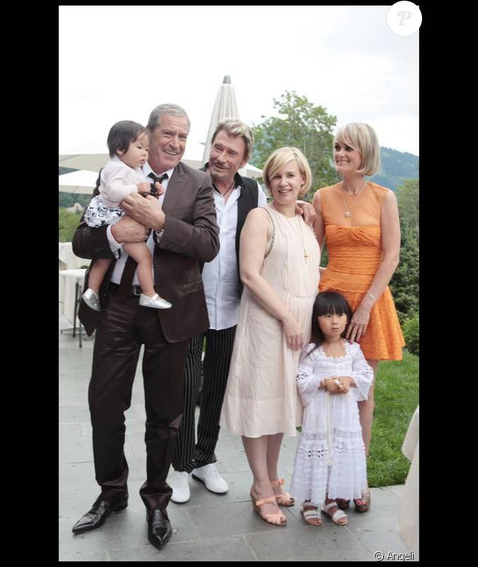 Joy jean claude darmon johnny hallyday h l ne darroze jade et laeticia hallyday lors de la - Helene darroze et son mari ...