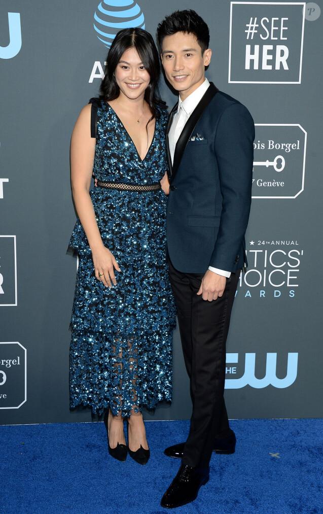 Manny Jacinto au photocall de la soirée des 24ème Critics Choice Awards au Barker Hangar à Santa Monica, Los Angeles, Californie, Etats-Unis, le 13 janvier 2019.