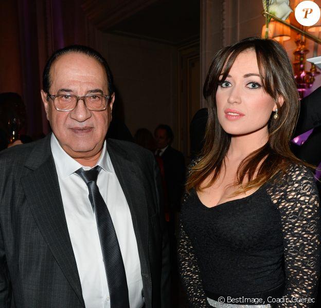 Jean-Luc Azoulay, producteur des Mystères de l'amour et d'Hélène et les garçons, avec Elsa Esnoult