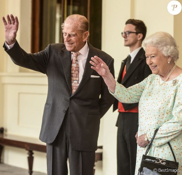La reine Elisabeth II d'Angleterre et le prince Philip, duc d'Edimbourg à Londres le 14 juillet 2017.