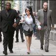 Amy Winehouse arrive à son procès, le 24 juillet 2009
