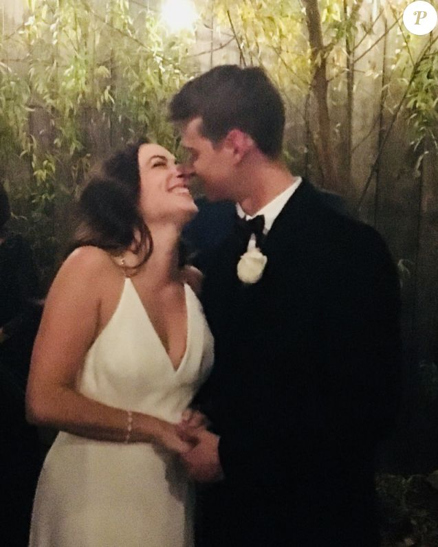 Le fils de Valérie Trierweiler, Léonard, s'est marié le 30 novembre 2019 à sa compagne Jenny, à New York.