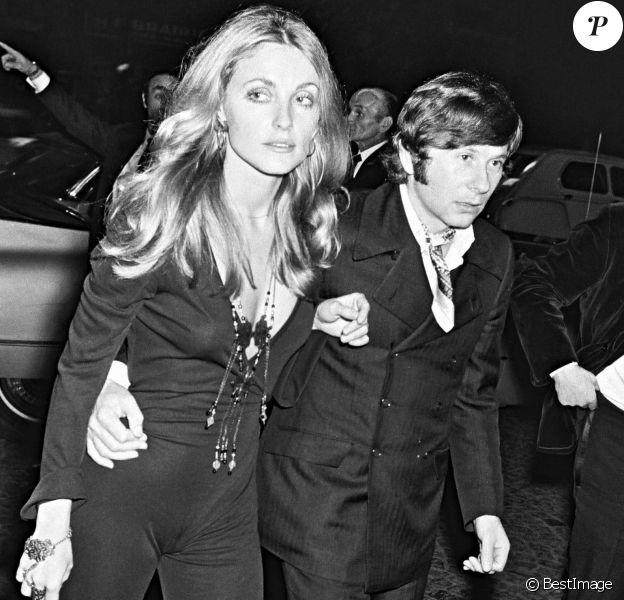 "Sharon Tate et Roman Polanski à la première fu film ""Rosemary's baby"" à Paris en 1968."