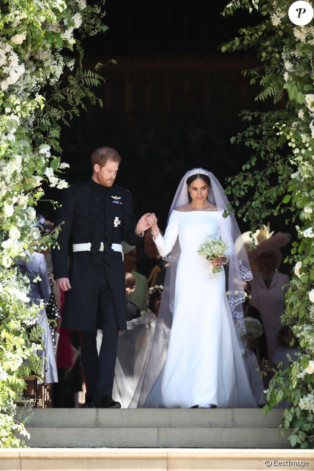 Le prince Harry et Meghan Markle à la sortie de chapelle St. George au château de Windsor après leur mariage le 19 mai 2018.
