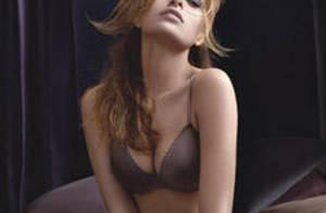 La magnifique Eva Mendes... se dévoile toujours plus ! Mais parfois, elle ne devrait pas...