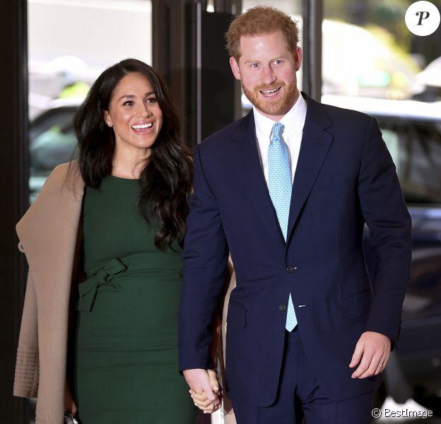 Le prince Harry, duc de Sussex, et Meghan Markle, duchesse de Sussex, arrivent à la cérémonie des WellChild Awards à Londres le 15 octobre 2019.