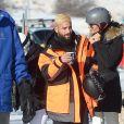 Exclusif - Maluma a été aperçu avec en train de faire du snowboard avec une amie, sur les pistes à Aspen dans le Colorado. Le chanteur colombien a récemment rompu avec son ex-compagne N.Barulich avec qui il est resté 2 ans. Le 31 décembre 2010.