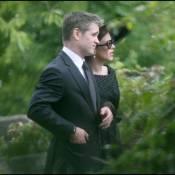 Anna Friel : elle a rendez-vous avec Colin Farrell... dans un cimetière !!