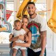 Tony Yoka et Estelle Mossely fêtent le premier anniversaire de leur fils Ali le 8 août 2018.
