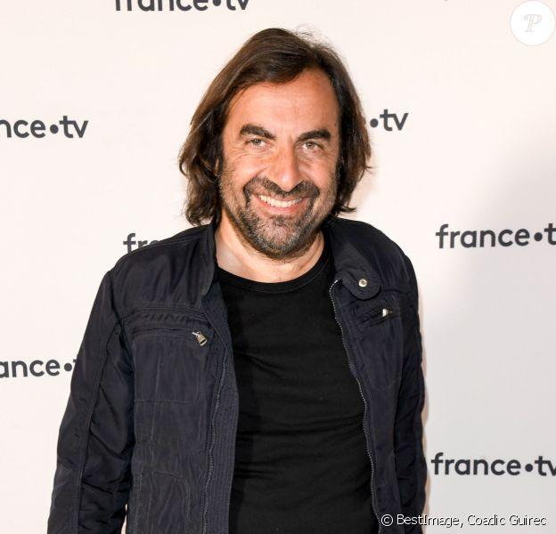 André Manoukian au photocall de la conférence de presse de France 2 au théâtre Marigny à Paris le 18 juin 2019 © Coadic Guirec / Bestimage