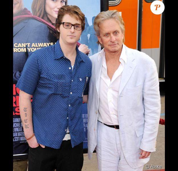 Cameron Douglas et son père Michael en avril 2009