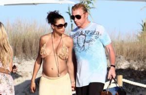 Boris Becker : son épouse Lilly, en bikini, est la plus sexy... des femmes enceintes !