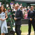 """Finale homme du tournoi de Wimbledon """"Novak Djokovic - Roger Federer (7/6 - 1/6 - 7/6 - 4/6 - 13/12)"""" à Londres. Catherine (Kate) Middleton, duchesse de Cambridge, est venue remettre les trophées aux joueurs. Londres, le 14 juillet 2019."""