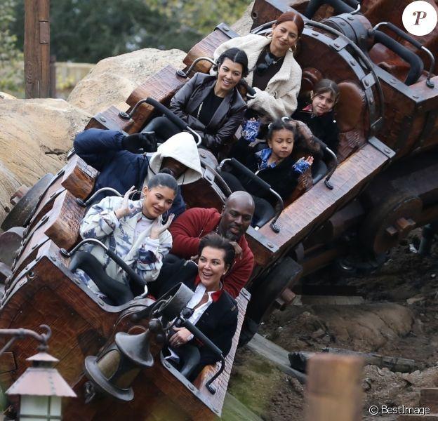 Kylie Jenner, Kris Jenner, Travis Scott, Corey Gamble, Kourtney Kardashian, North West, la nounou et Penelope Disick - Exclusif - Les Kardashian passent la journée à Disney Magic Kingdom à Orlando en Floride, le 23 janvier 2020