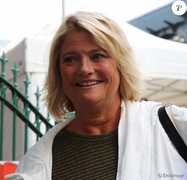 """Marina Carrère d'Encausse - People à la sortie de l'enregistrement de l'émission """"Vivement Dimanche"""" au studio Gabriel à Paris le 29 aout 2018."""