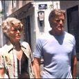 ARCHIVES - KIRK DOUGLAS ET SA FEMME ANNE EN BALLADE A SAINT TROPEZ 00/07/1975 - Saint Tropez