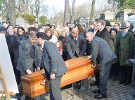 Obsèques de Claire Bretécher : son clan soudé, Josiane Balasko présente