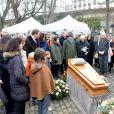 Exclusif - Martin Bretécher, Josiane Balasko - Les obsèques de Claire Bretécher au cimetière de Montmartre à Paris le 15 février 2020.